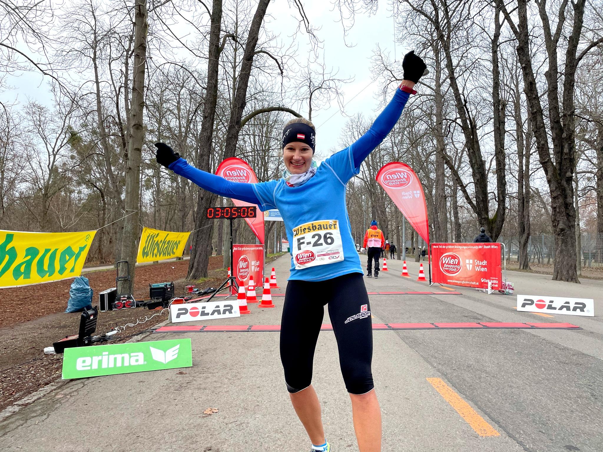 Sigrid Herndler gewinnt OÖ Landesmeistertitel im Marathonlauf